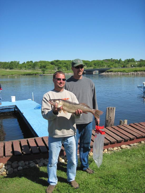 Saturday\'s Big Walleye Lance Horner & Kurt Hodney